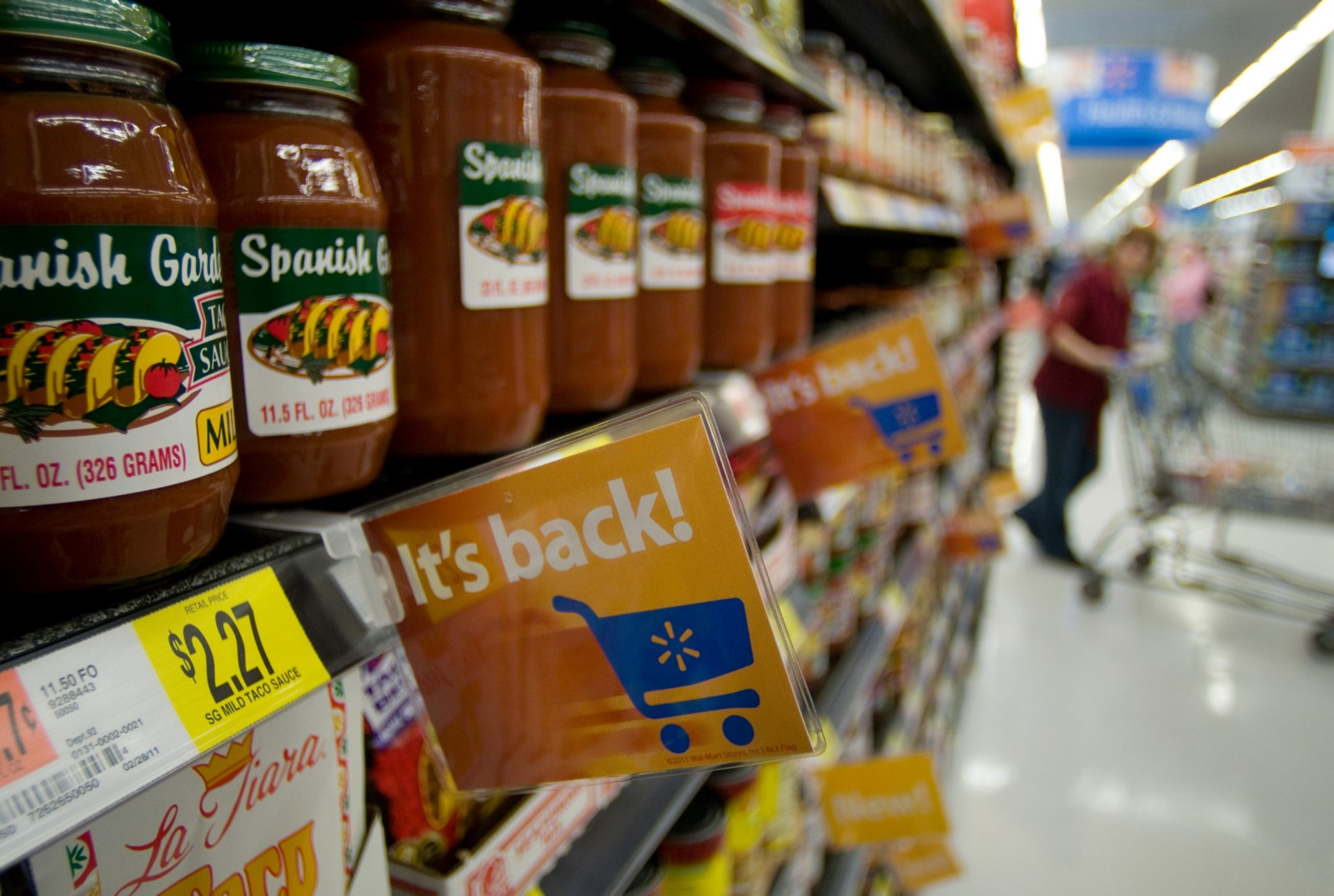 wal mart success in marketing Walmart's marketing mix is a key success factor in this retail business, although the company can focus more on the place/distribution component of the marketing mix to strengthen its global position.