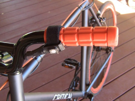 clean-republic-hill-topper-electric-bike-kit-on-off-button