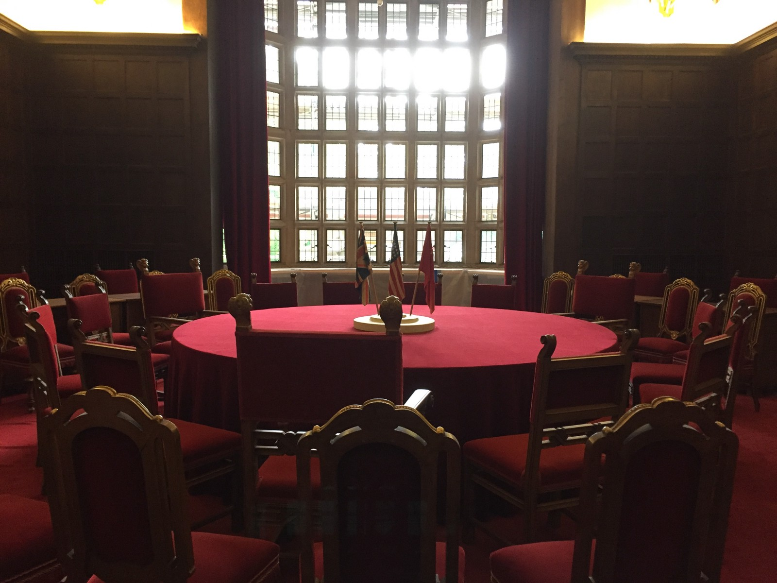 Discussion table in Cecilienhof