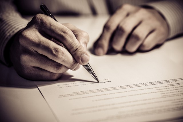 7 Legal Tips for Writers