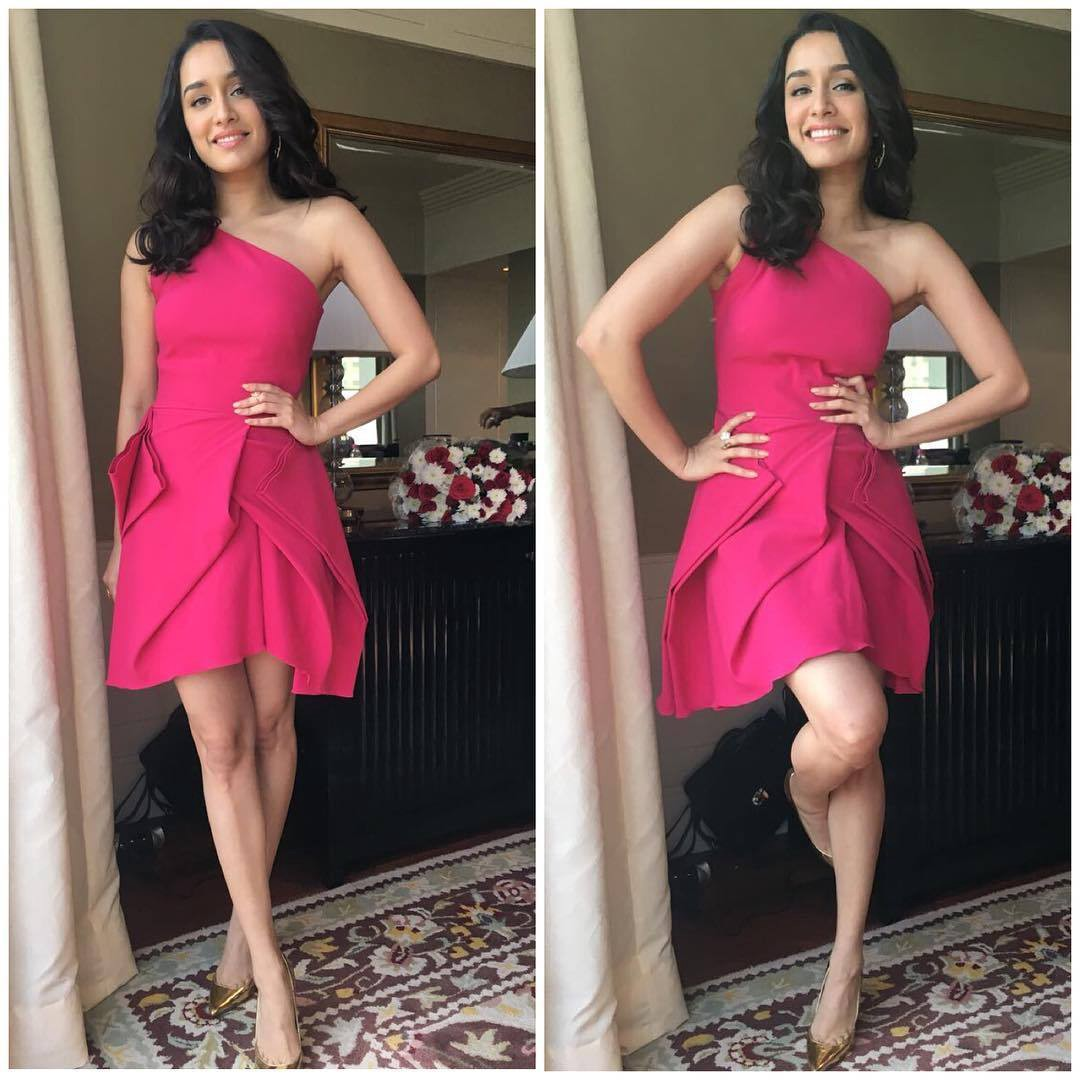 Shraddha Kapoor in Gauri and Nainika's Dress At The Veet Event