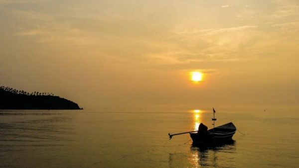 Koh Phangan Boat Sunset Photo by Sarah from Live Dream Discover