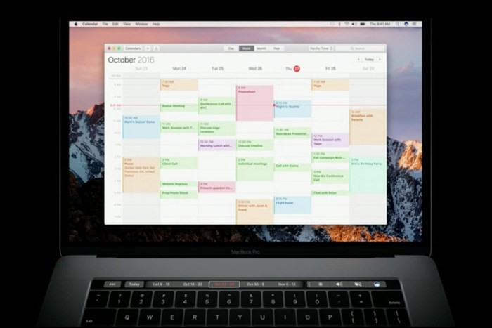 macbook-pro-touch-bar-calendar-100690198-orig