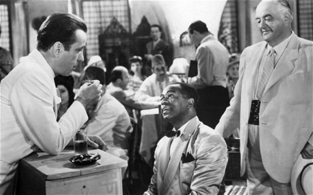 casablanca movie analysis Casablanca is a 1942 american romantic drama film directed by michael curtiz based on murray burnett and joan alison's unproduced stage play everybody comes to rick's.