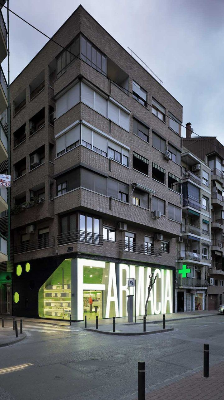 Beautiful signage 1165 from up north - Clavel arquitectos ...