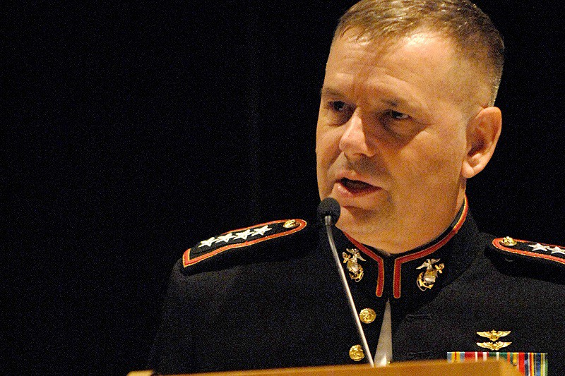 Vice Chairman of the Joint Chiefs of Staff Marine Gen. James Cartwright speaks at the 2008 Daedalian Awards dinner at Fort Walton Beach, Fla., May 15, 2008. Cartwright was the keynote speaker, presenting awards to military pilots.