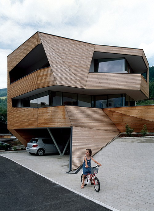 Cube House, South Tyrol, Italy   Plasma Studio