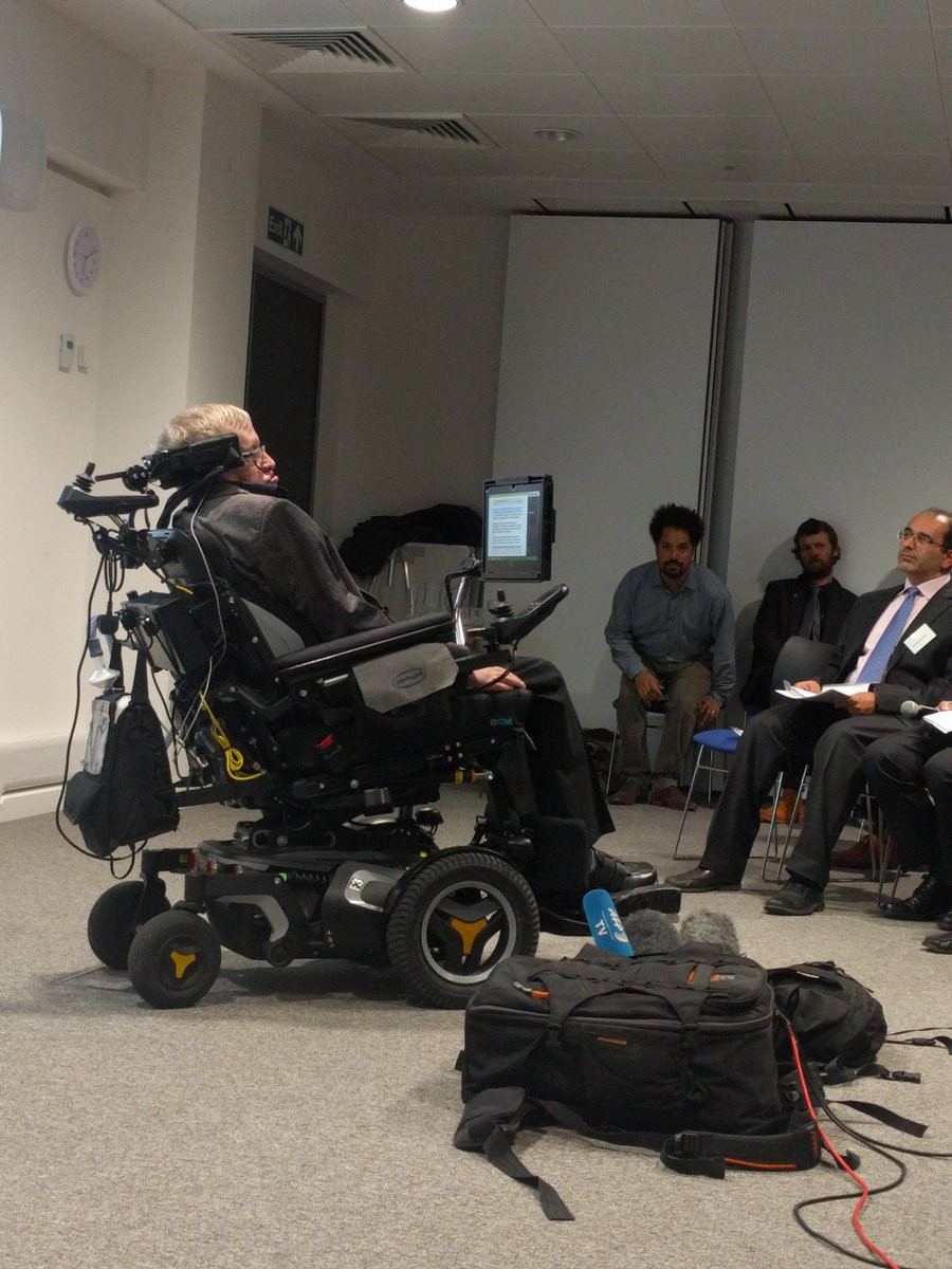 We are #FacebookLive as Stephen Hawking talks artificial intelligence in Cambridge: