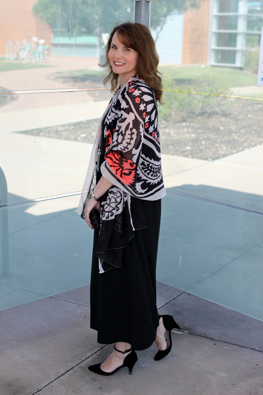 147293af5ed Looking for black maxi dress outfit ideas  Here are two ways to wear one