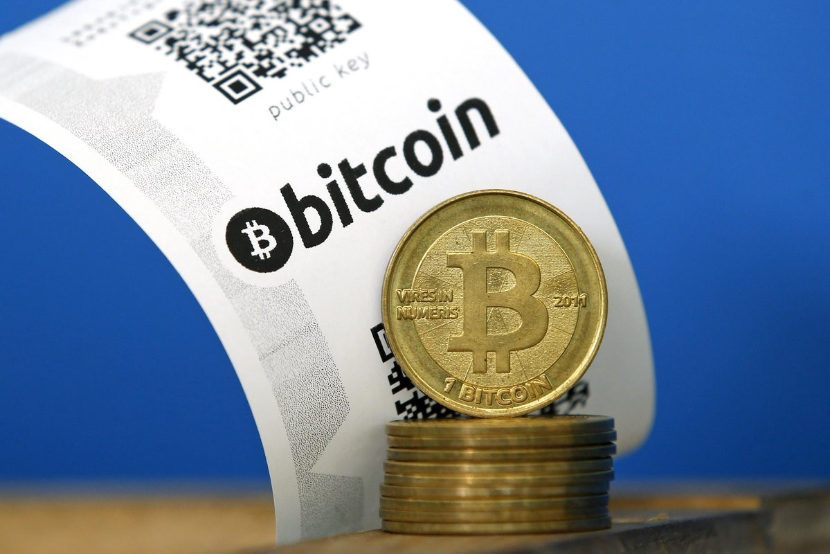 Hacker plans to give away stolen bitcoins, but Reddit users are suspicious