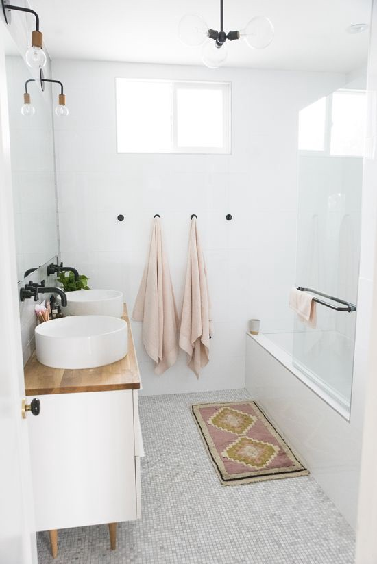 Bathe in the Light: A Guide for the Best Bathroom Lighting