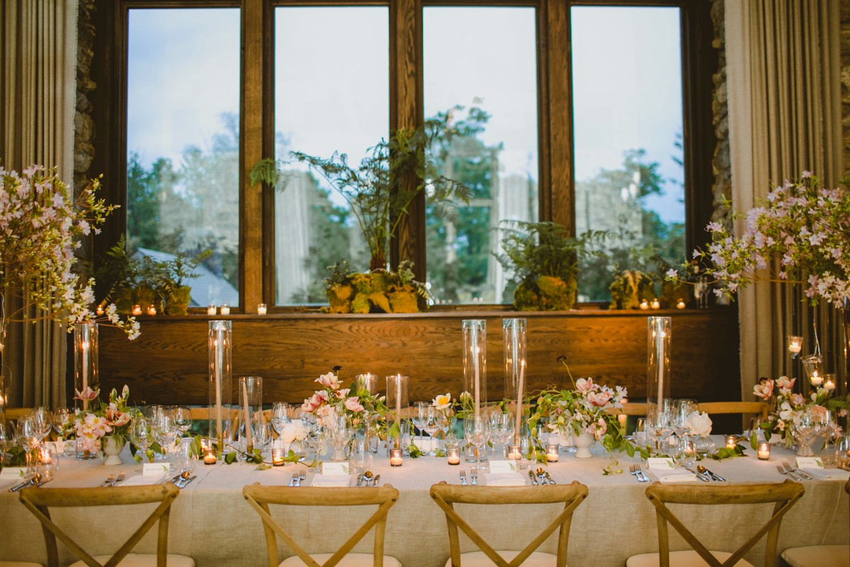 romantic wedding reception - http://ruffledblog.com/modern-country-meets-secret-garden-wedding