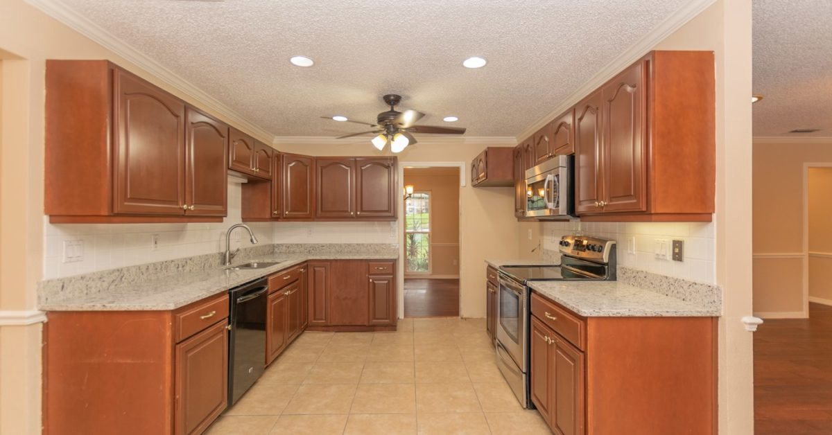 304 Lonesome Pine Dr, Longwood, FL Kitchen