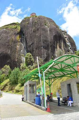 Piedra Penon with entrance in foreground colombia