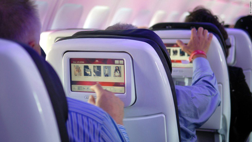 Long Haul Flight Tips: Airplane screen