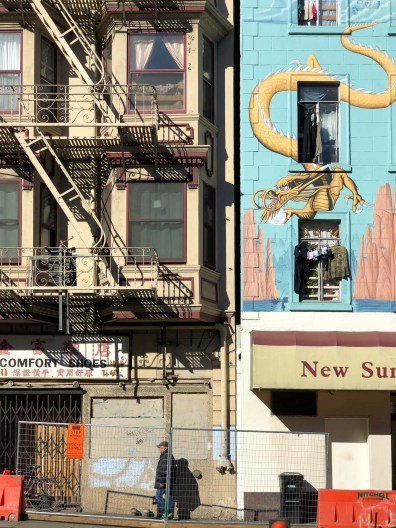 Amazing wall murals with dragons, Chinatown, Gems of San Francisco, USA -- gonewithawhim.com // Postcards from San Francisco