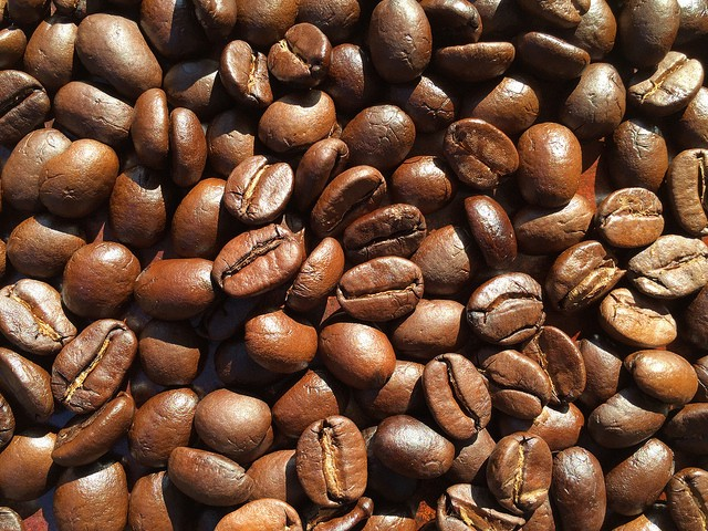Evenly roasted to Full City+