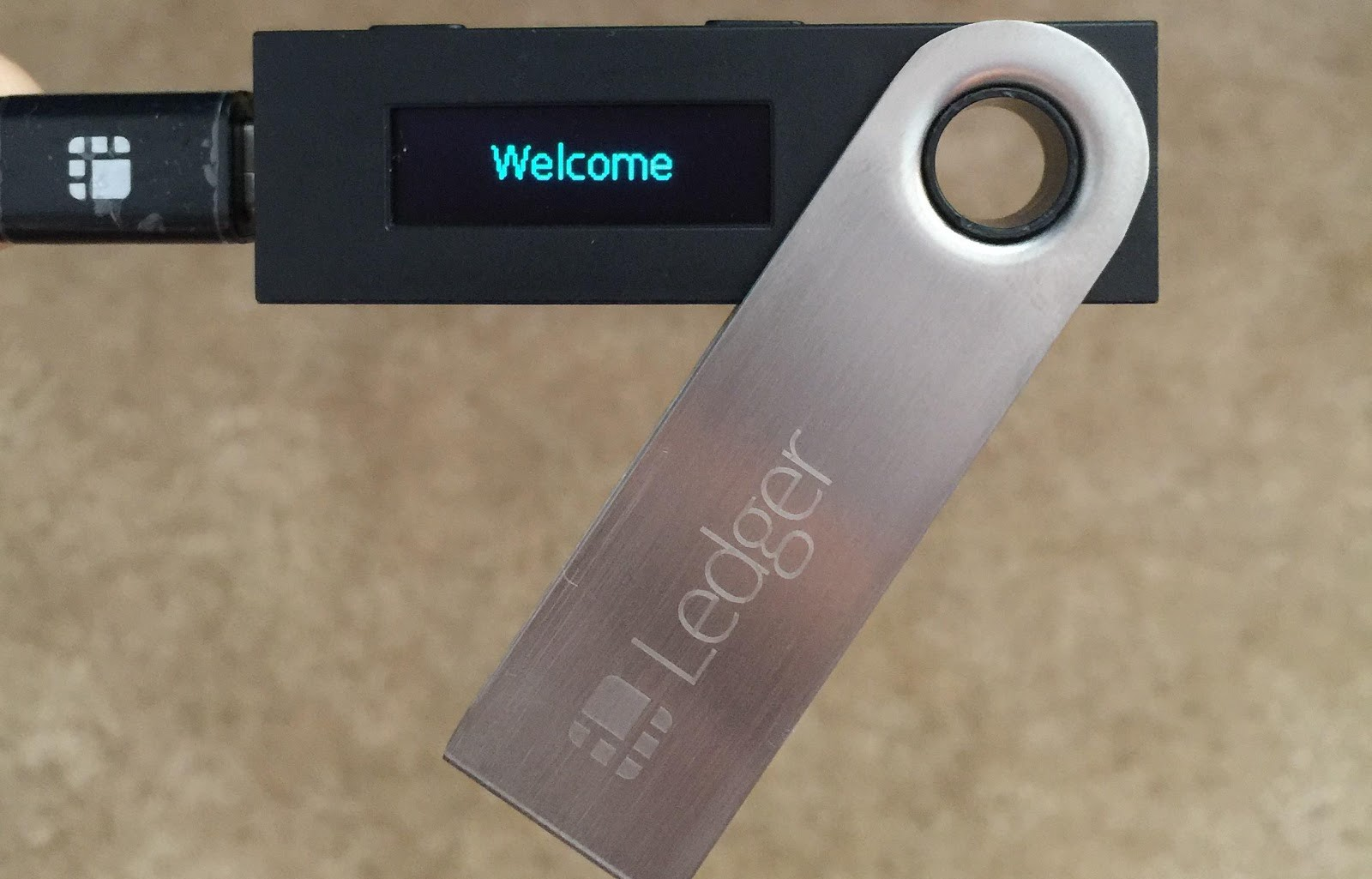 How To Keep Your Cryptocurrency Safe Using Hardware Wallets