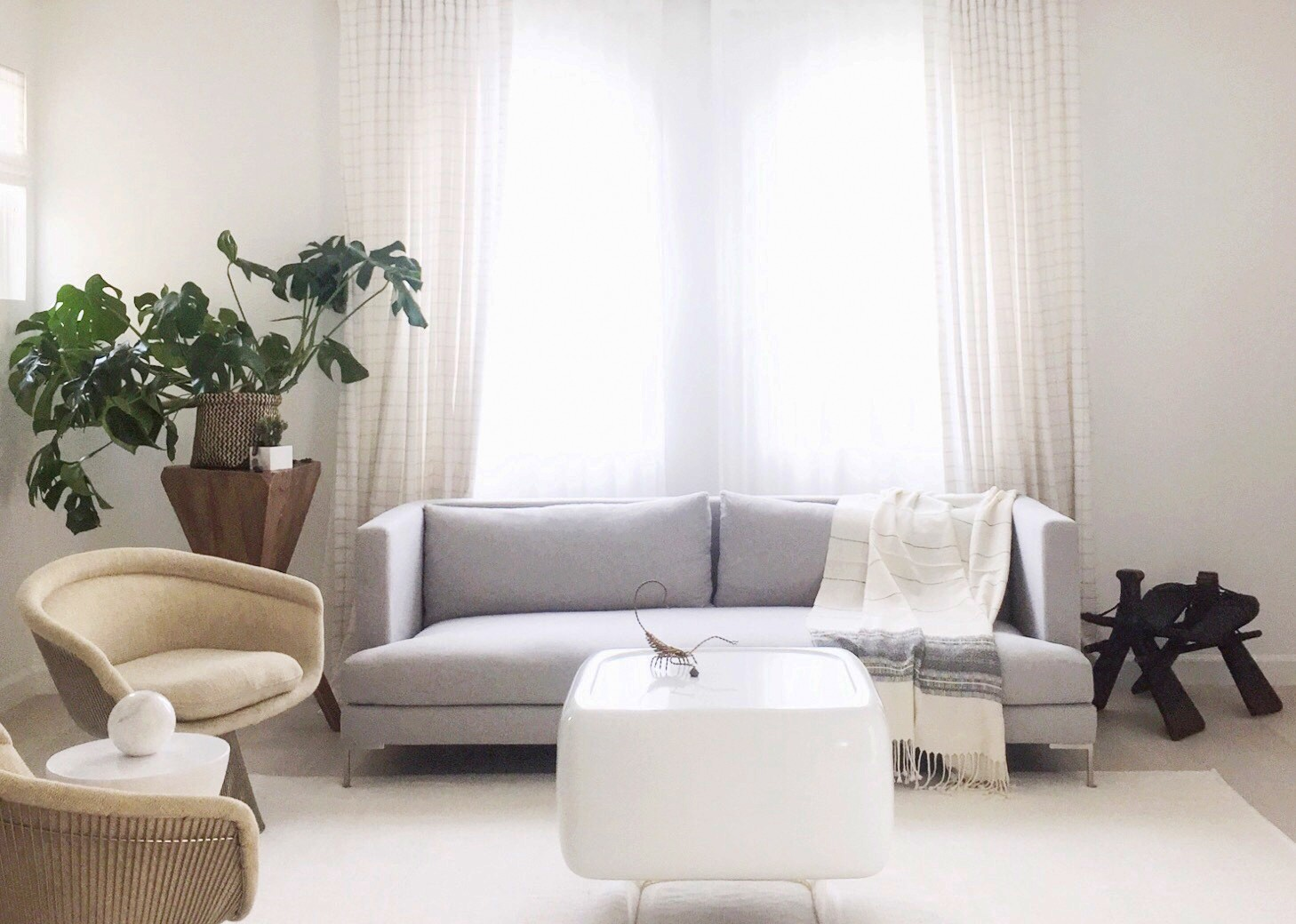 So today well take a look at what steps to take to ensure that you hire the right interior designer for your job