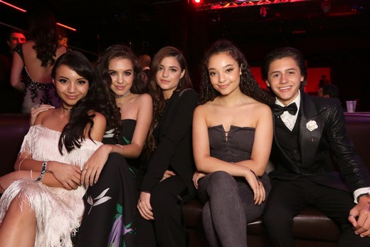 actress-montse-hernandez-actress-lilimar-hernandez-actress-luna-blaise-actress-kayla-maisonet-and-actor-isaak-presley