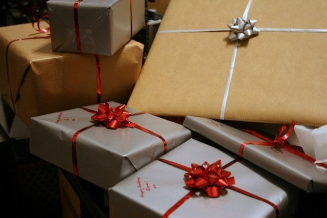 Increase Holiday Sales Wrapping