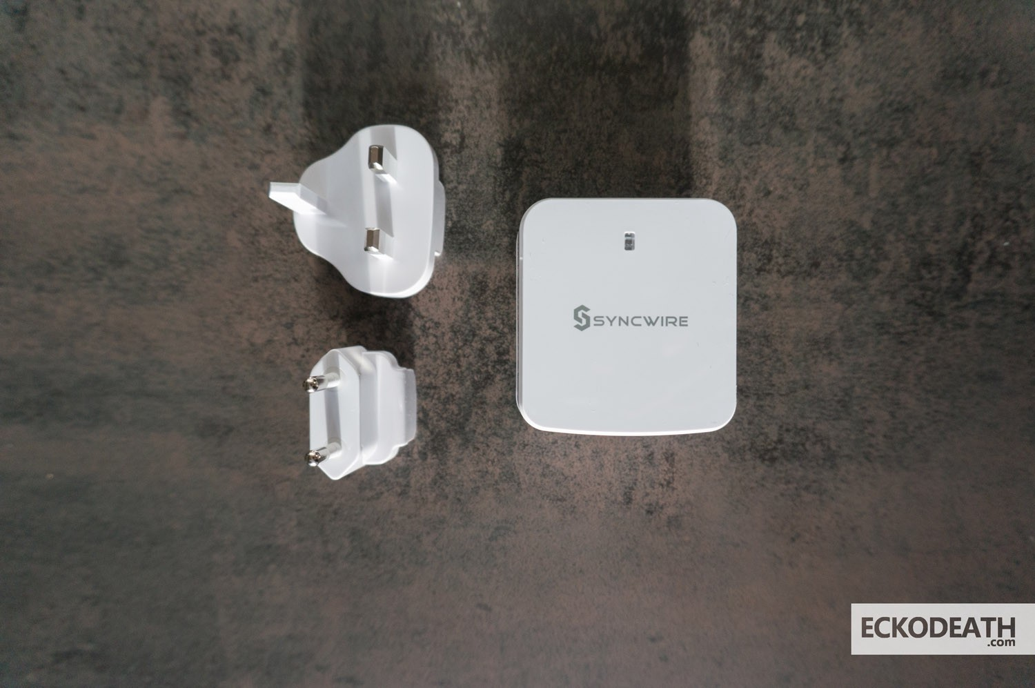 syncwire-chargeur-secteur-mural-unboxing-3