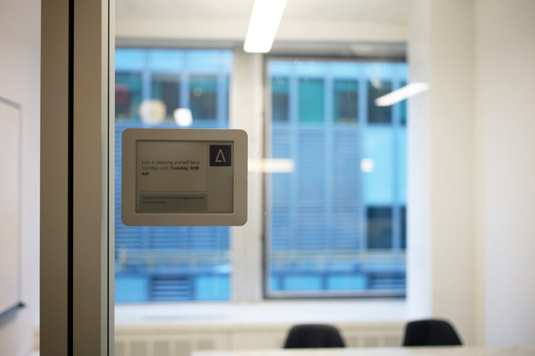This High Tech Equipment, Coupled With Our Simple Yet Bold Office Decor,  Successfully Communicates Architizeru0027s Brand As A Forward Thinking Startup  That Is ...