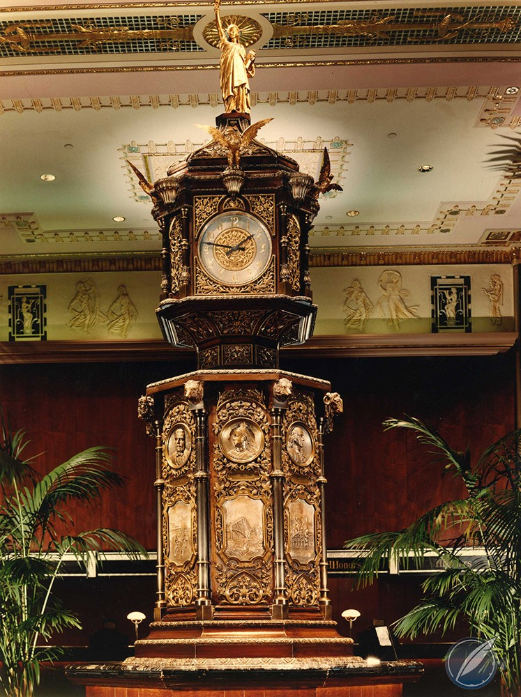 Iconic clock in the lobby of the Waldorf Astoria hotel, New York