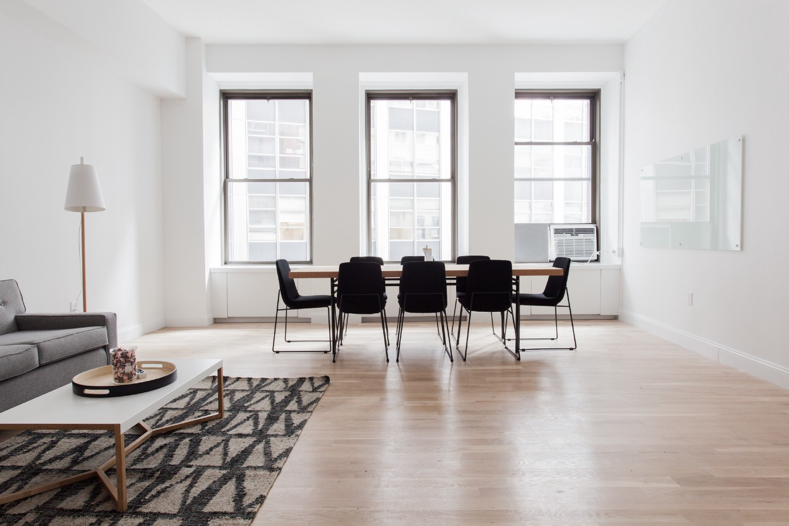 Virtual Home Staging as a Way to Increase Real Estate Sales