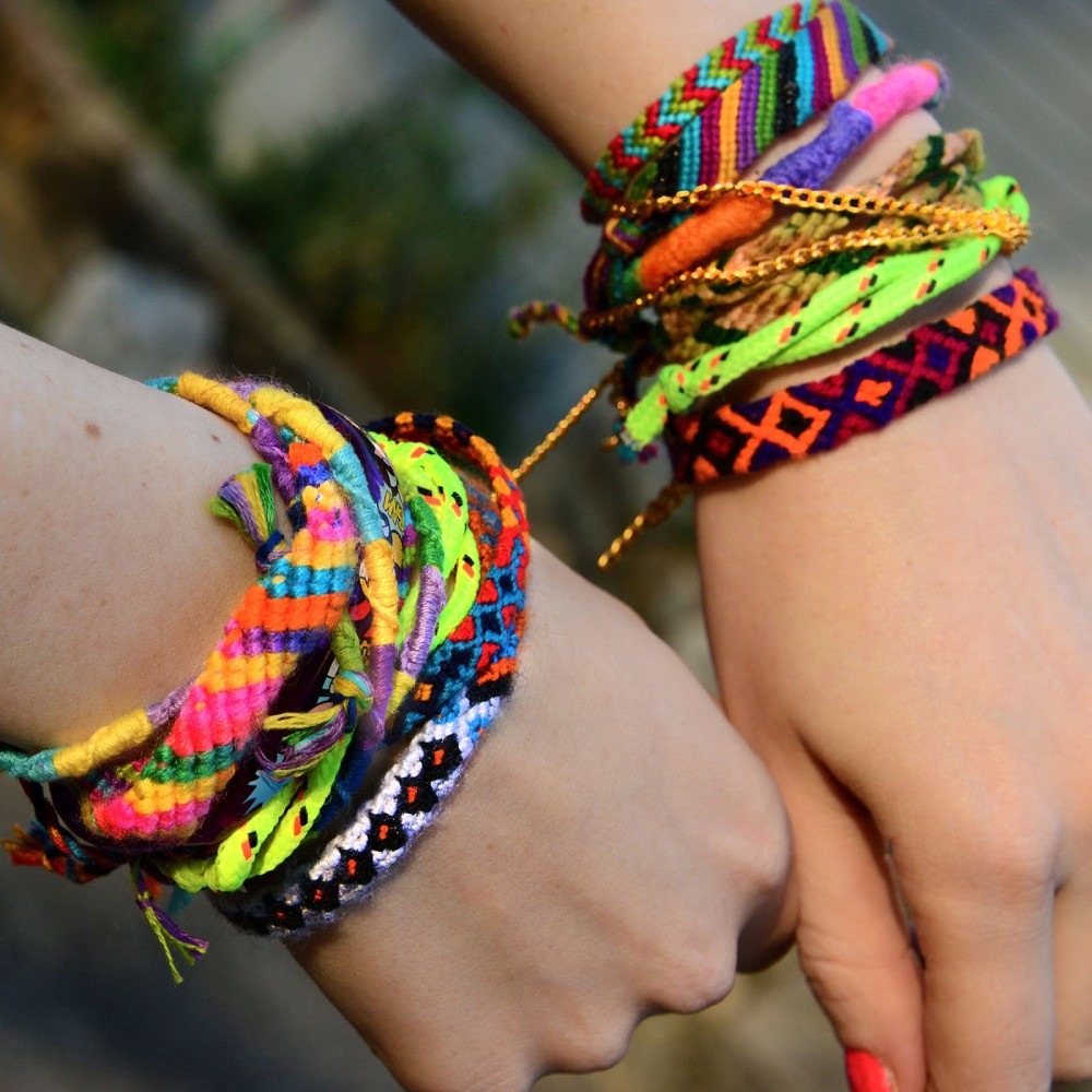 friendship pom free pattern crochet quarterly embroidery tutorial bracelets bracelet