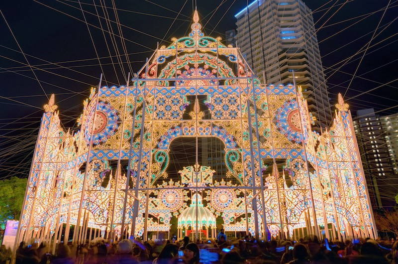 however since this illumination debuts during the month of december it certainly contributes to the christmas spirit - Christmas In Japan