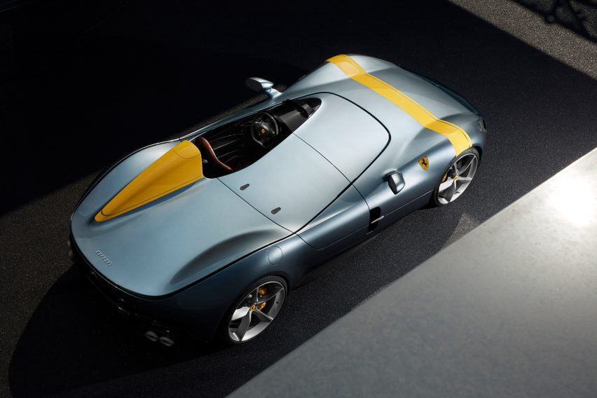 Conceived As A Monolithic Form With An Aerodynamic Wing Profile The Cars Most Distinguishing Feature Is Complete Absence Of Roof And Windscreen