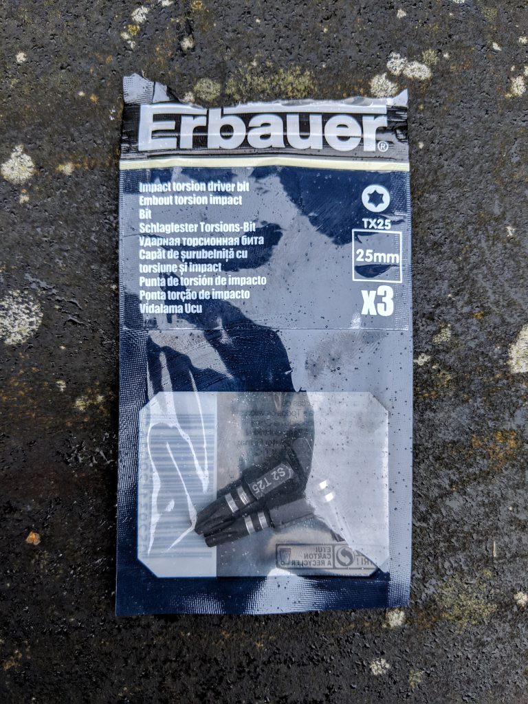 A packet of Erbauer TX25 driver bits.