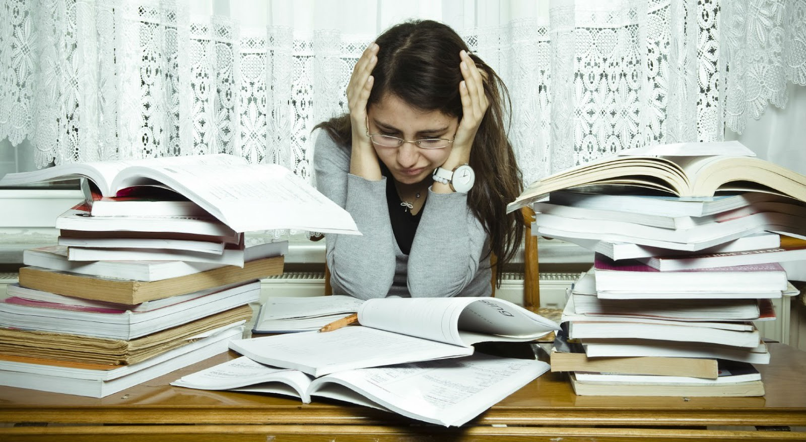 students deal with stress 35 awesome stress management resources but it covers some great tactics for dealing with stress without it works great as a hand-out for students stress.