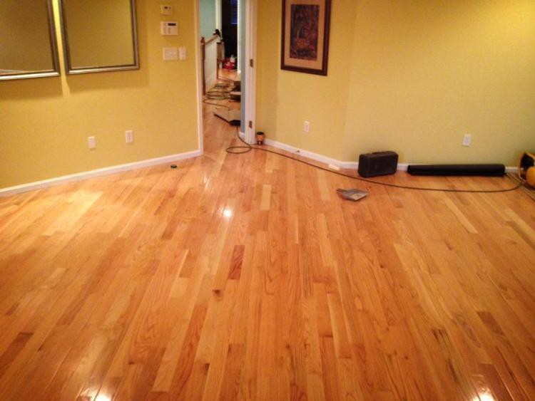 professional hardwood floor refinishing if you are not hardwood floor professional may even know what to look for when it comes keeping an eye on the health of your floors right time to go for refinishing your hardwood floor