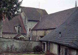 damp roofs france