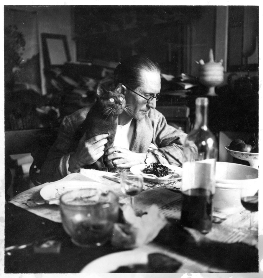 Le Corbusier and his cat
