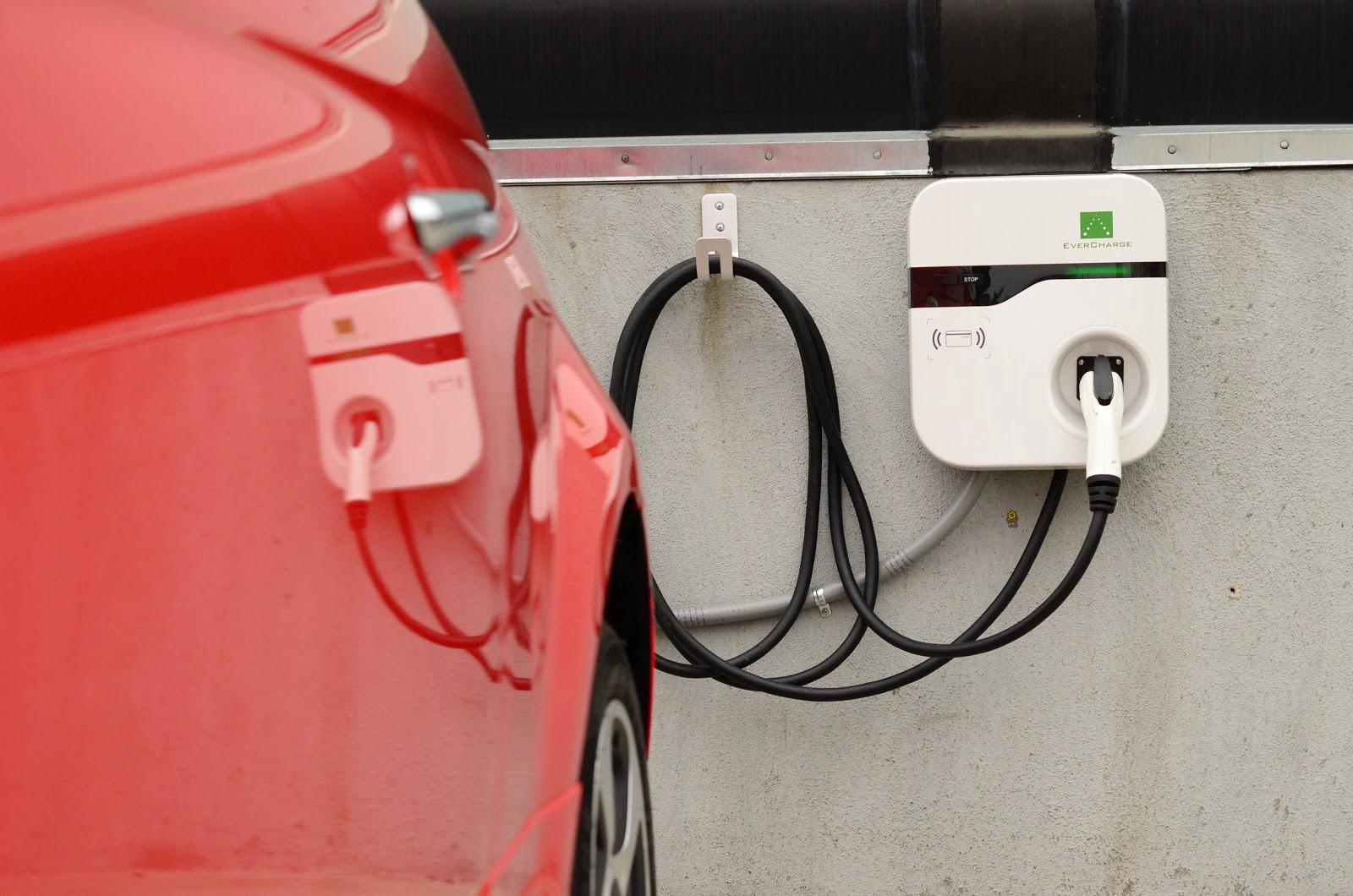 Why More Than 25 Of Americans Cant Charge An Electric Vehicle At Home Electrical Outlet Installation Atlanta Install Outlets