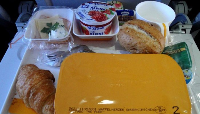 Lufthansa in flight food service