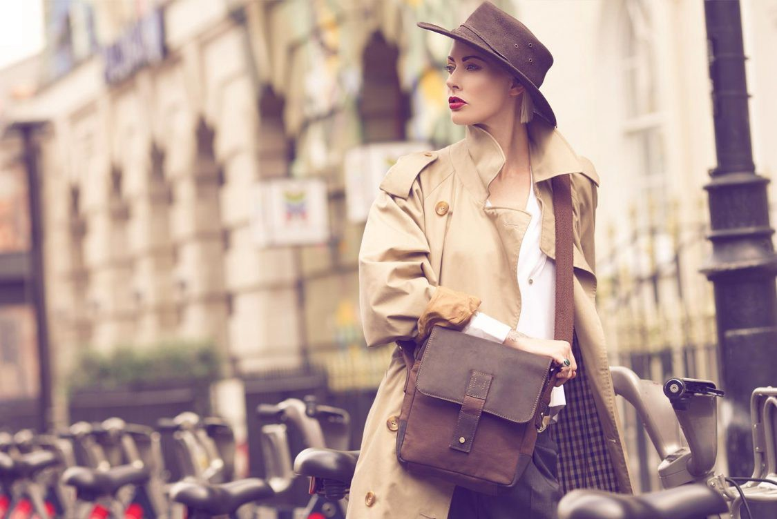 Beautiful pair: how to choose a bag for shoes