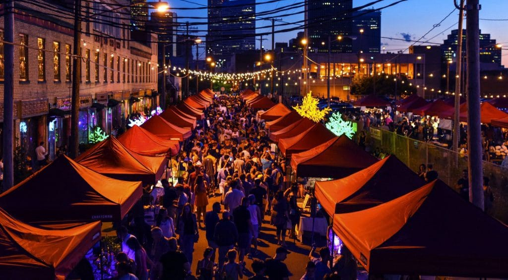 Oval Night Market