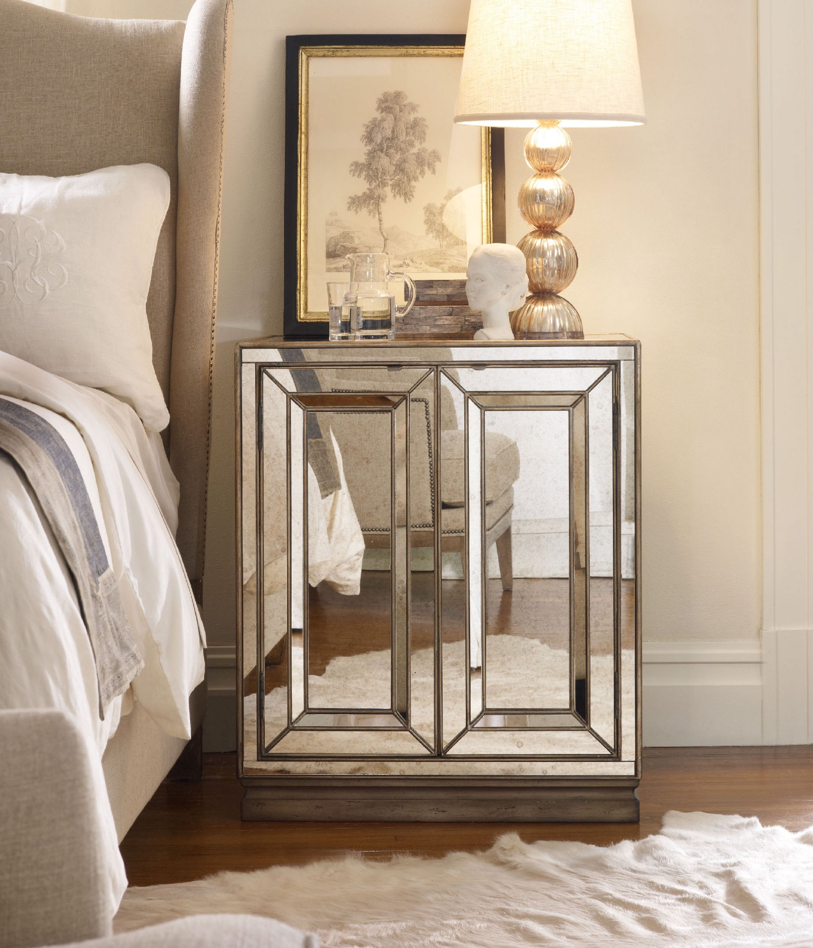 Inspiring Feng Shui Method About The Presence Of Mirrored