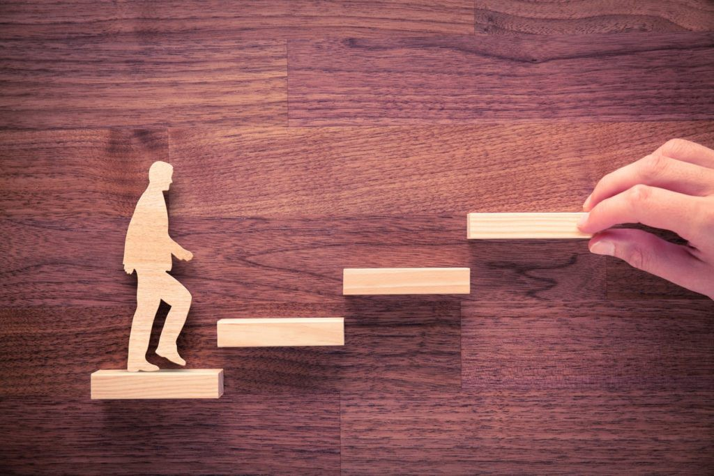 How To Make The Transition From Employee To Manager - Step Up