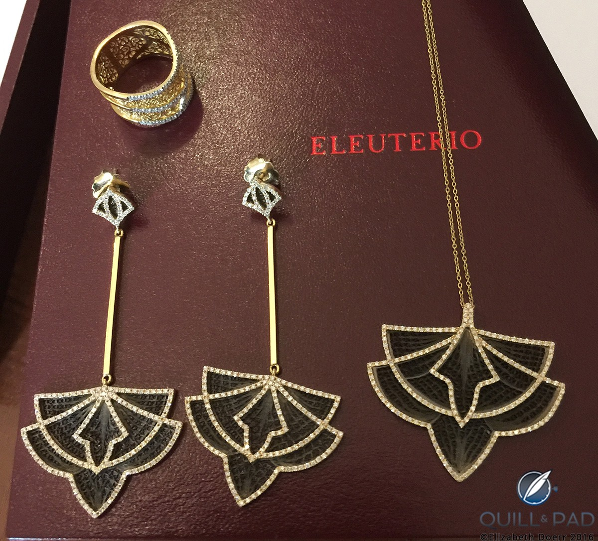 Eleuterio filigree necklace, earrings and ring