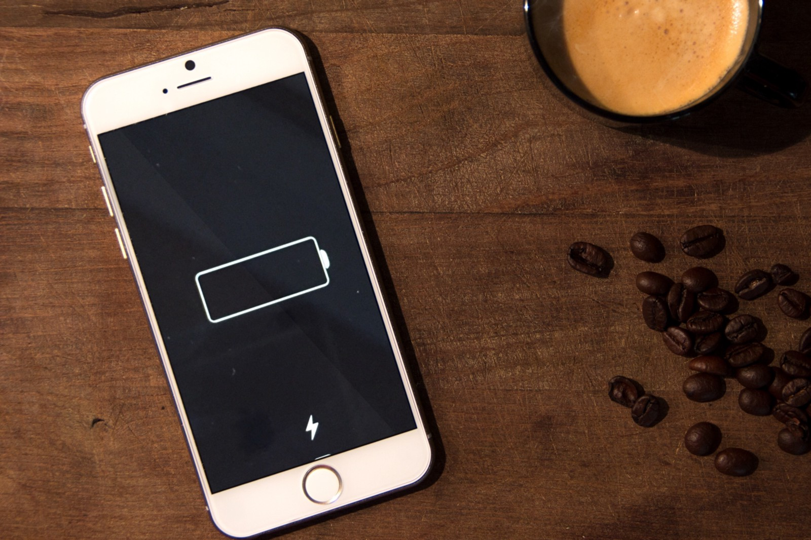 How Siri Can Get Your iPhone Battery to Last 38% Longer