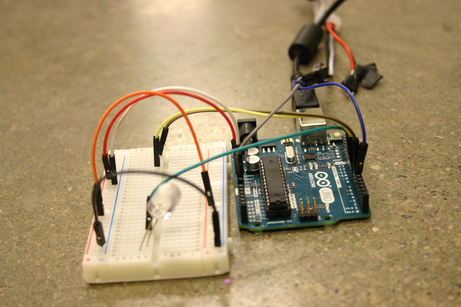 Internet of Things: Arduino Microcontroller