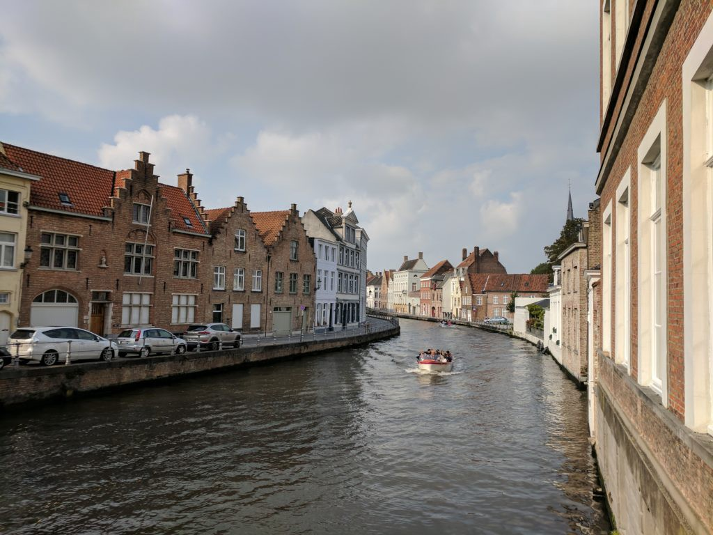 Hotel Van Cleef on this canal