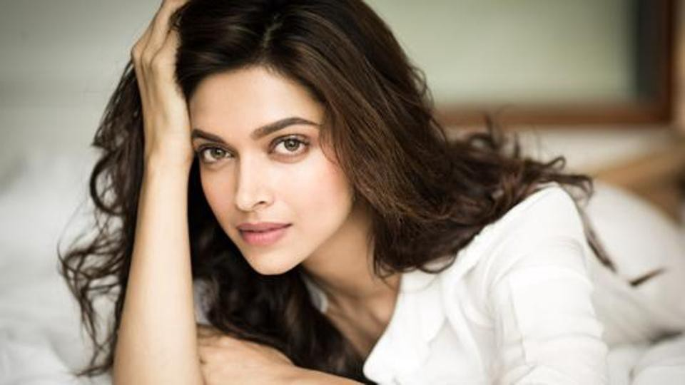 List Of Highest Paid Bollywood Actresses 2018 Updated