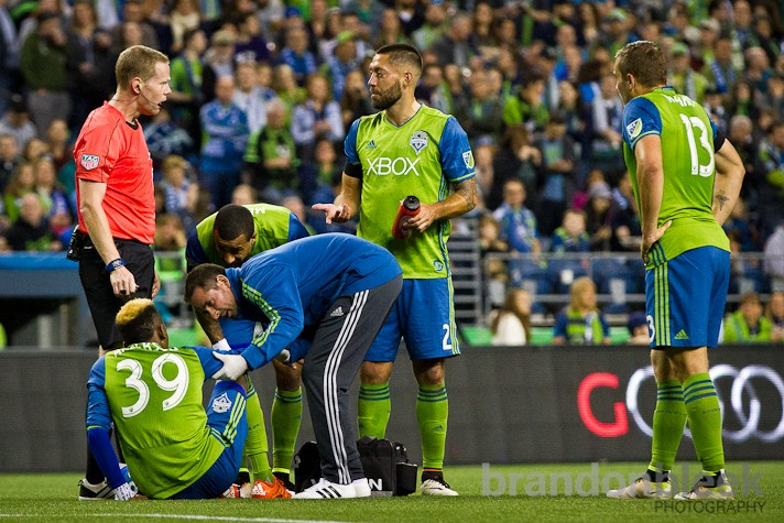 Oalex Anderson was forced to make way for Nelson Valdez in the 63rd minute after he stepped awkwardly on his ankle in the 63rd minute. The veteran slotted in without missing a beat as Seattle amped up the pressure with Philli doing their best to keep a clean sheet.