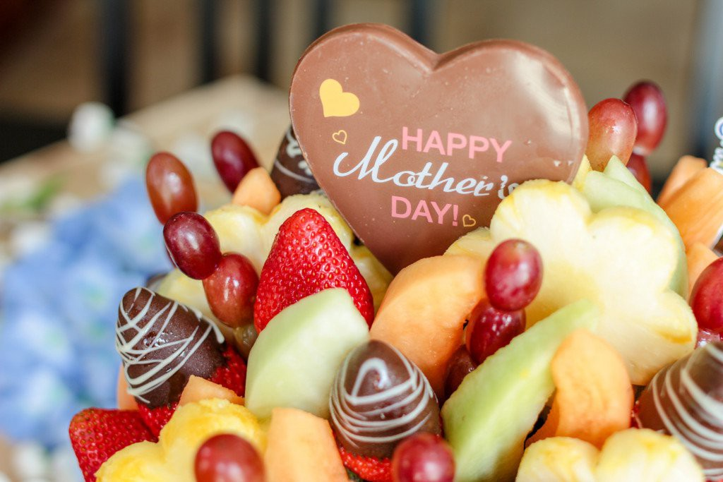 Chocolate covered strawberries in a fruit bouquet, the perfect Gift Idea for the mom who doesn't want anything.